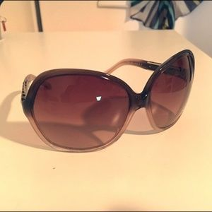 Tory Burch Sunglasses with Box